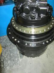 Бортовой редуктор Case с гидромотором Case CX 210 B .